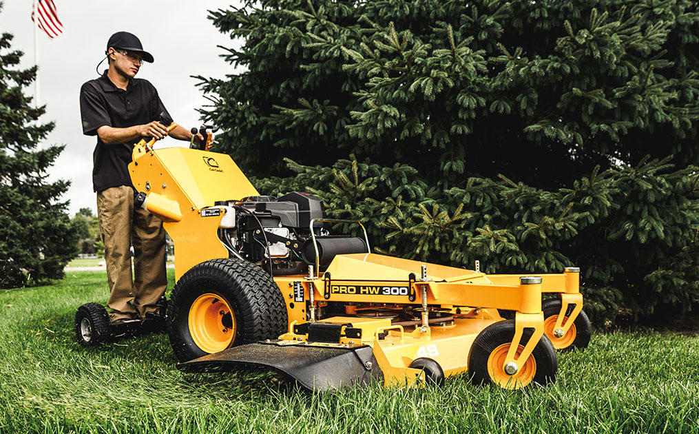 Stand Behind Lawn Mower >> Commercial Walk Behind Mowers Cub Cadet Us