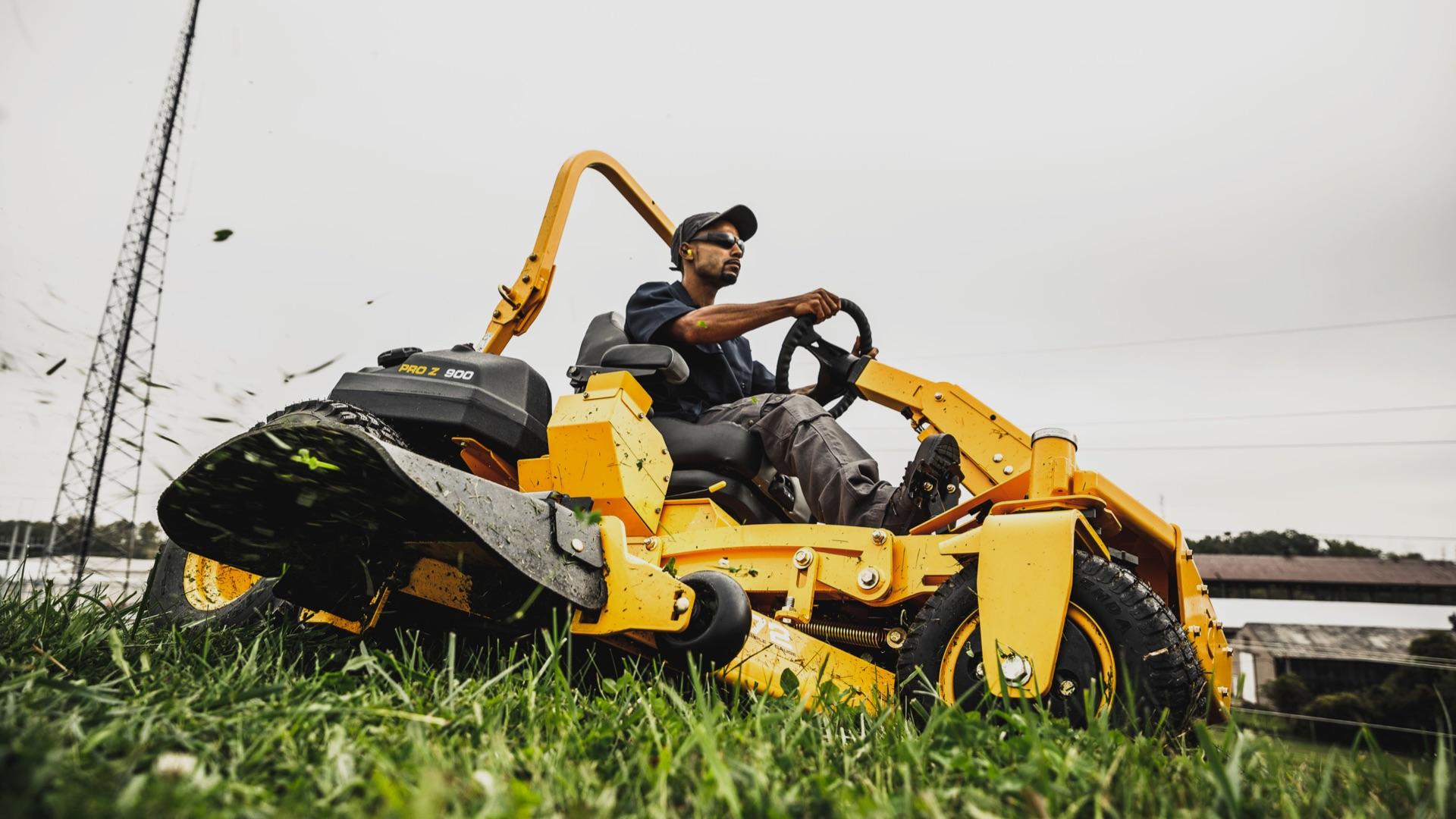 professional-zero-turn-mower